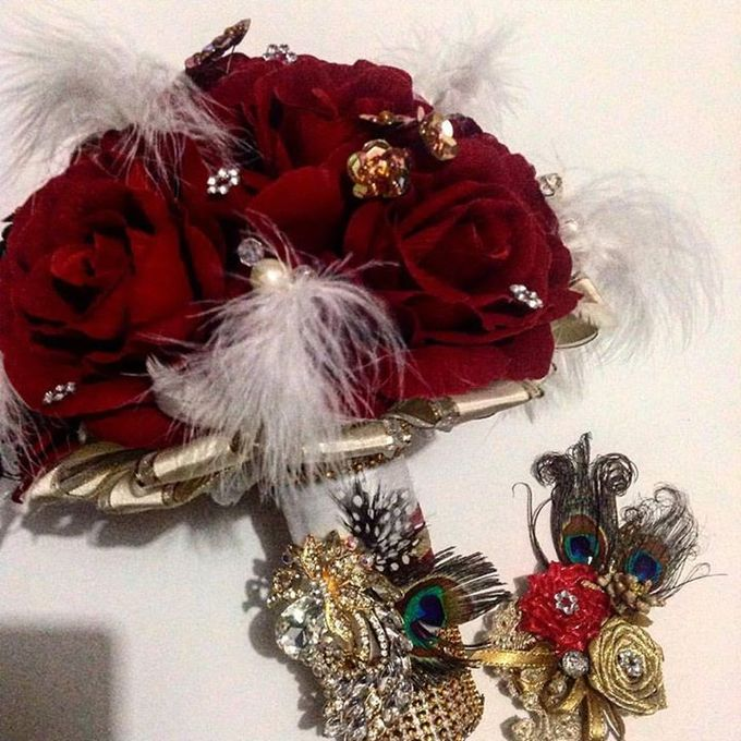 Handcrafted Bouquets and Wedding Accessories  by Duane's Fleur Creatif - 044