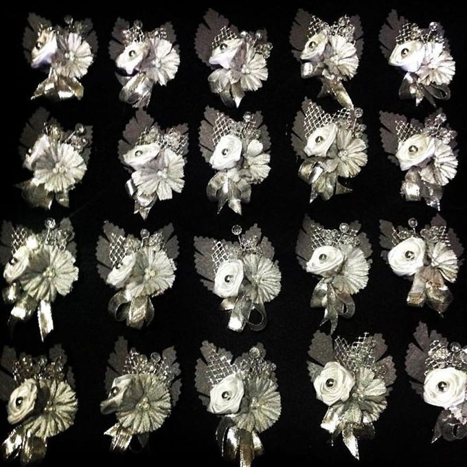Handcrafted Bouquets and Wedding Accessories  by Duane's Fleur Creatif - 045