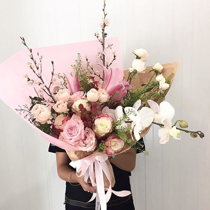 Flower Bouquets by Blooming Elise Flowers - 005