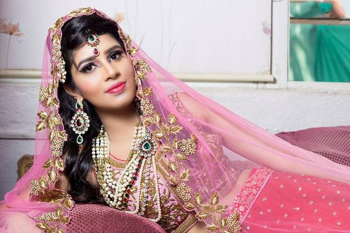 Bride by Parul Makeupartist - 002