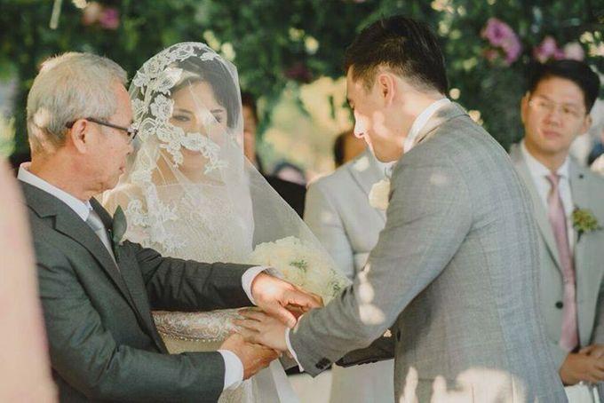 Steven & Aie Enchanted Garden Wedding by Flying Bride - 027