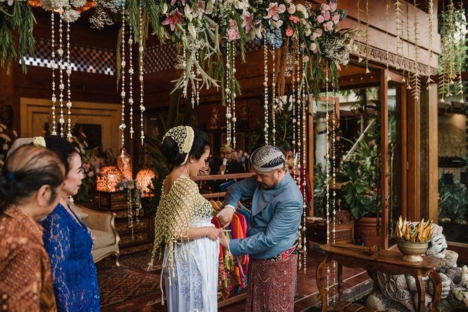 JAVANESE TRADITIONAL TINGKEBAN by Bali Izatta Wedding Planner & Wedding Florist Decorator - 010