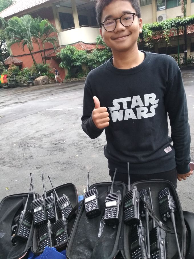 vendoring HT ke event Lomba classmeeting SMAn 39 Cijantung by ezzy vendor HT Handy Talky Event | Jakarta - Depok - 001