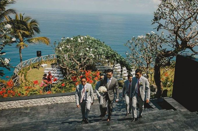 Steven & Aie Enchanted Garden Wedding by Flying Bride - 010