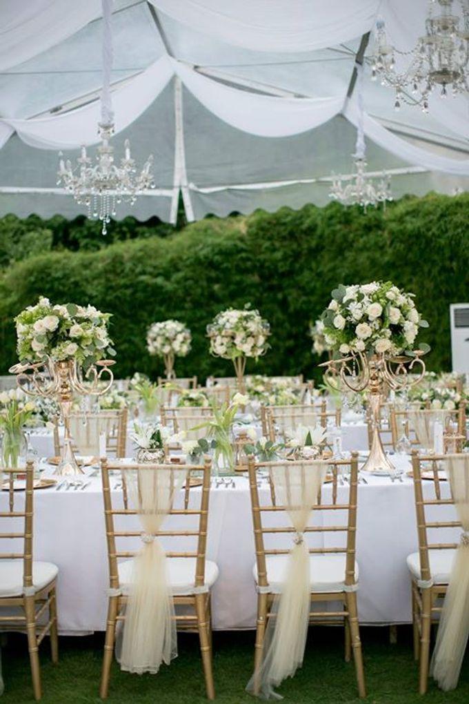 White Green and Gold Elegant Wedding at Latitude Villa by Flora Botanica Designs - 033