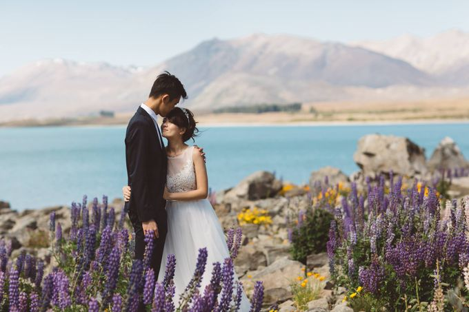 Intimate Wedding at Lake Tekapo by Light Up Weddings - 016
