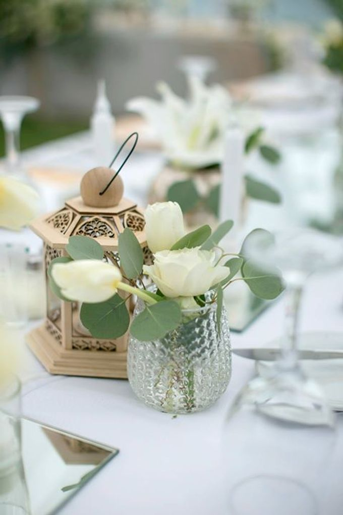 White Green and Gold Elegant Wedding at Latitude Villa by Flora Botanica Designs - 019