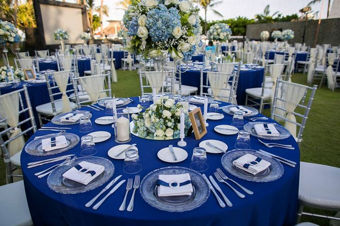 Royal Blue Silver Wedding By Flora Botanica Designs Bridestorycom
