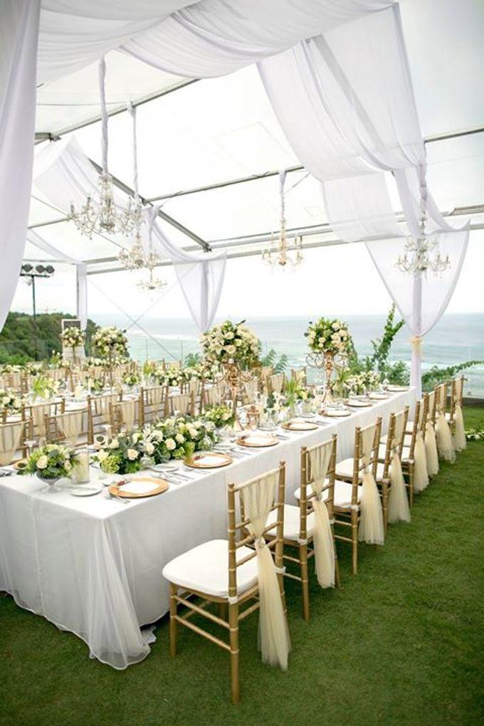 White Green and Gold Elegant Wedding at Latitude Villa by Flora Botanica Designs - 006