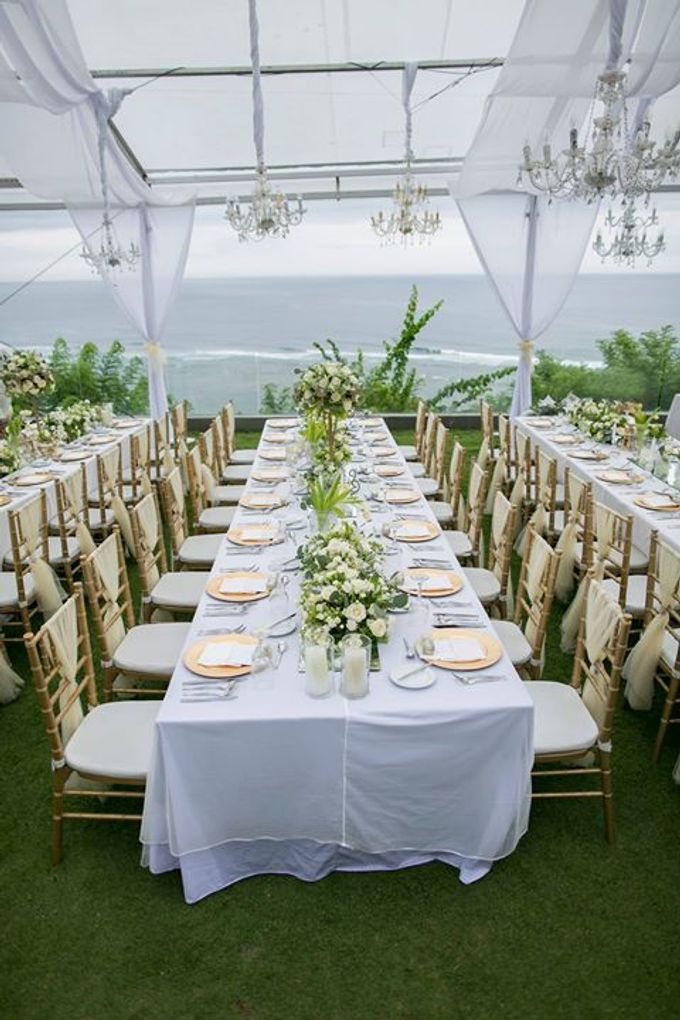 White Green And Gold Elegant Wedding At Latitude Villa By