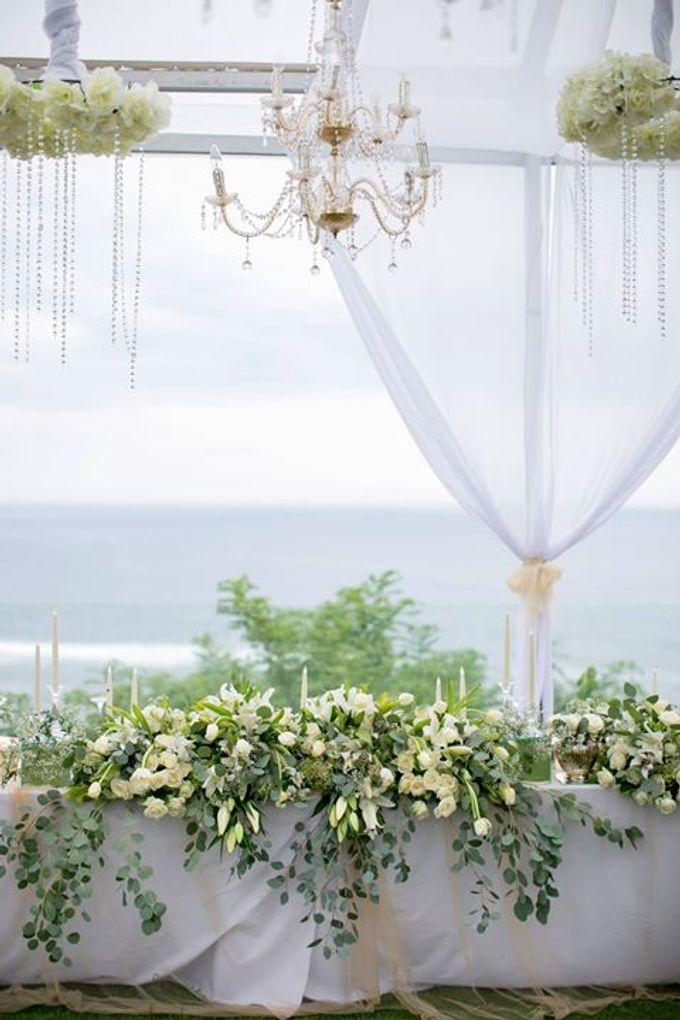 White Green and Gold Elegant Wedding at Latitude Villa by Flora Botanica Designs - 026