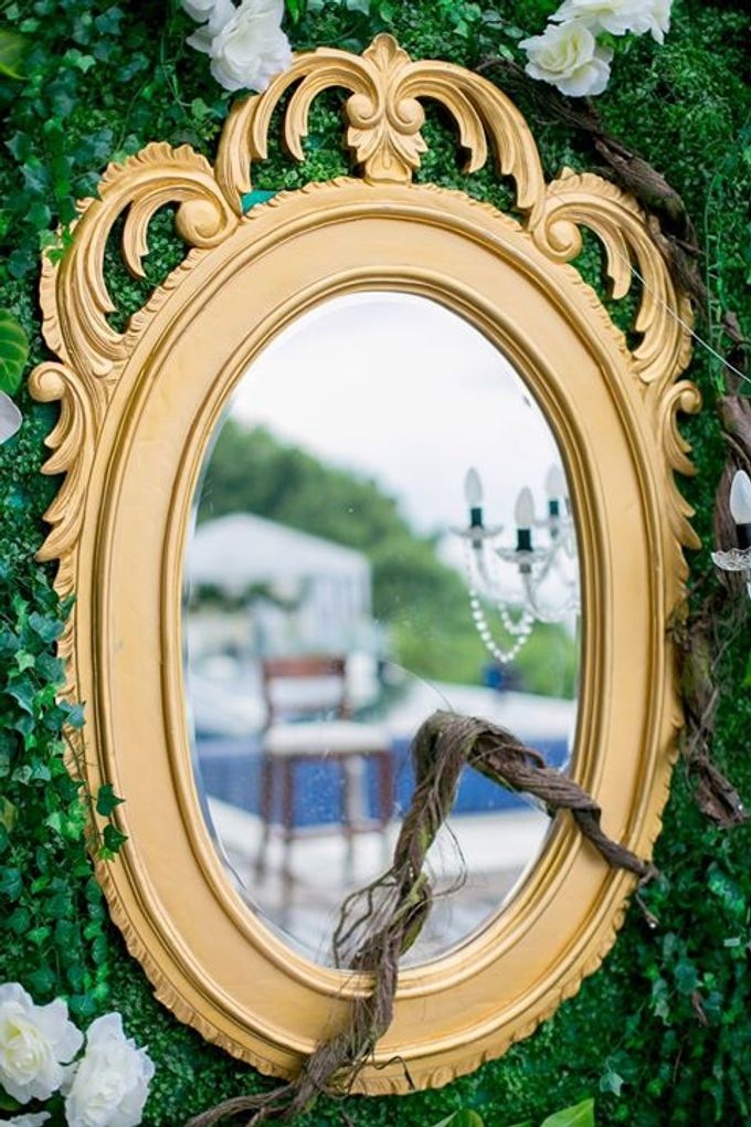 White Green and Gold Elegant Wedding at Latitude Villa by Flora Botanica Designs - 016