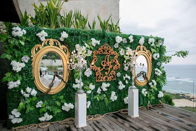 White Green and Gold Elegant Wedding at Latitude Villa by Flora Botanica Designs - 004