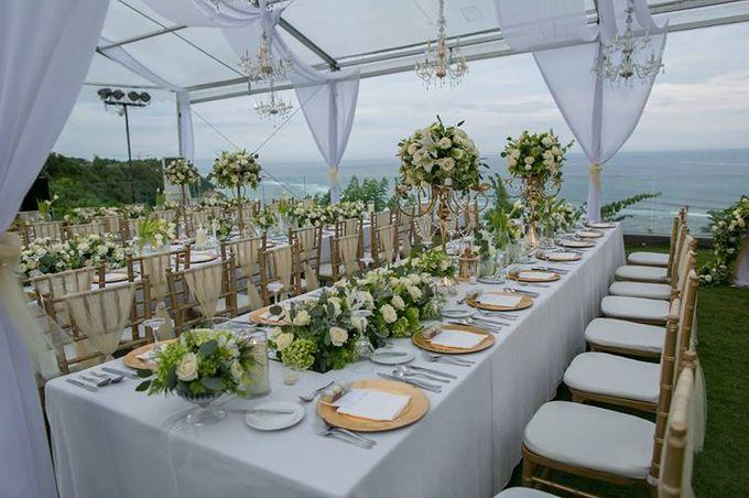 White Green and Gold Elegant Wedding at Latitude Villa by Flora Botanica Designs - 003