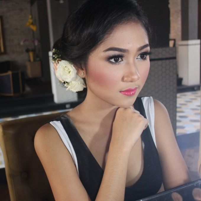 Wedding Makeup for arsitaputri by Makeup by Heny - 002