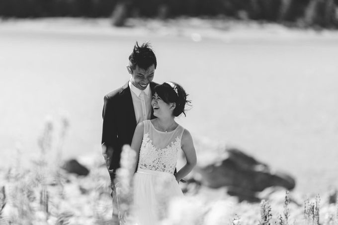 Intimate Wedding at Lake Tekapo by Light Up Weddings - 014