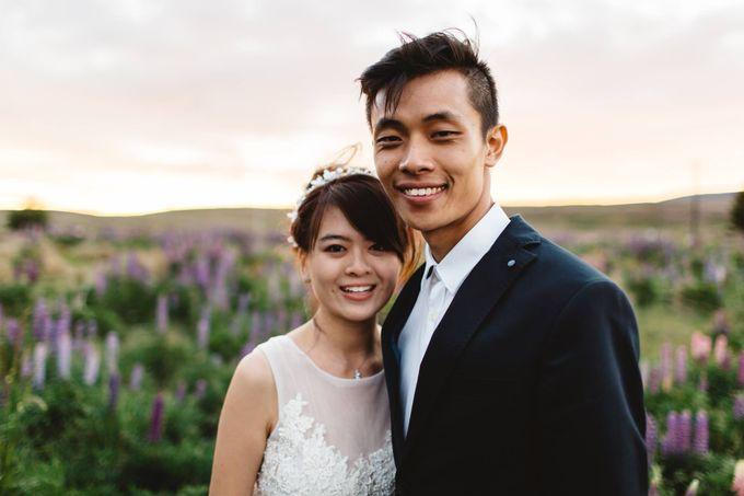 Intimate Wedding at Lake Tekapo by Light Up Weddings - 012