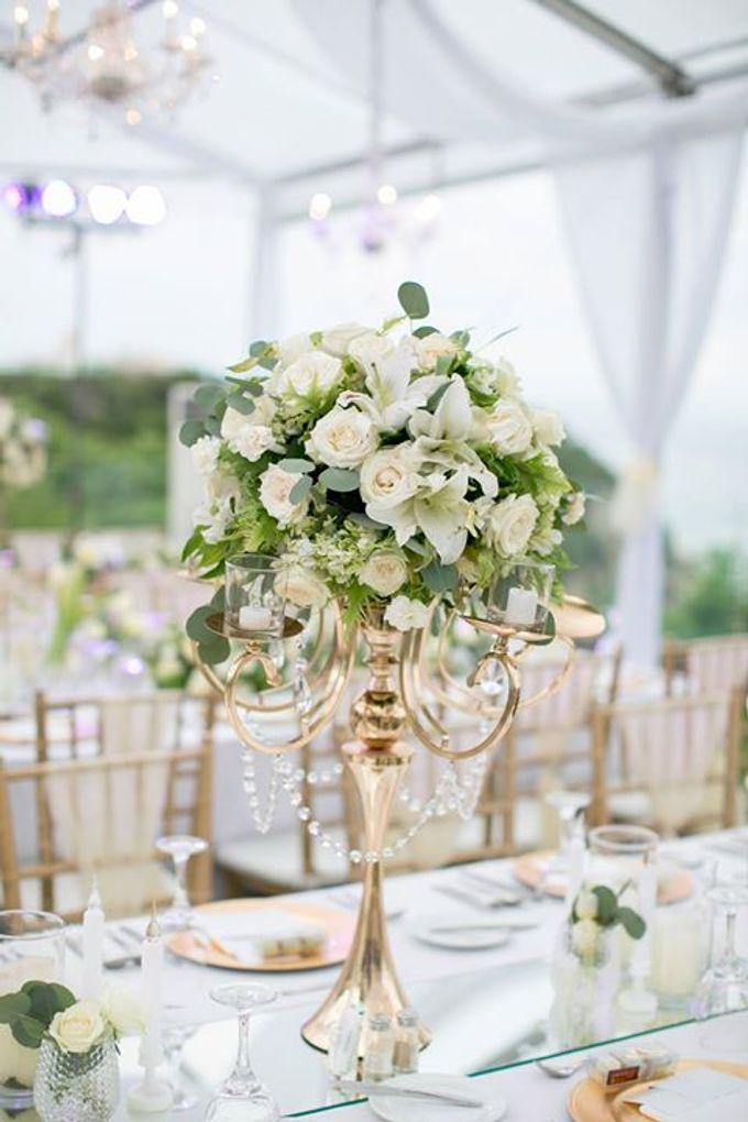 White Green and Gold Elegant Wedding at Latitude Villa by Flora Botanica Designs - 029