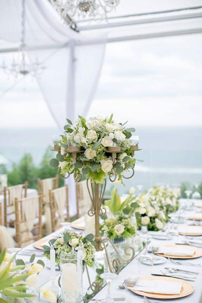 White Green and Gold Elegant Wedding at Latitude Villa by Flora Botanica Designs - 027