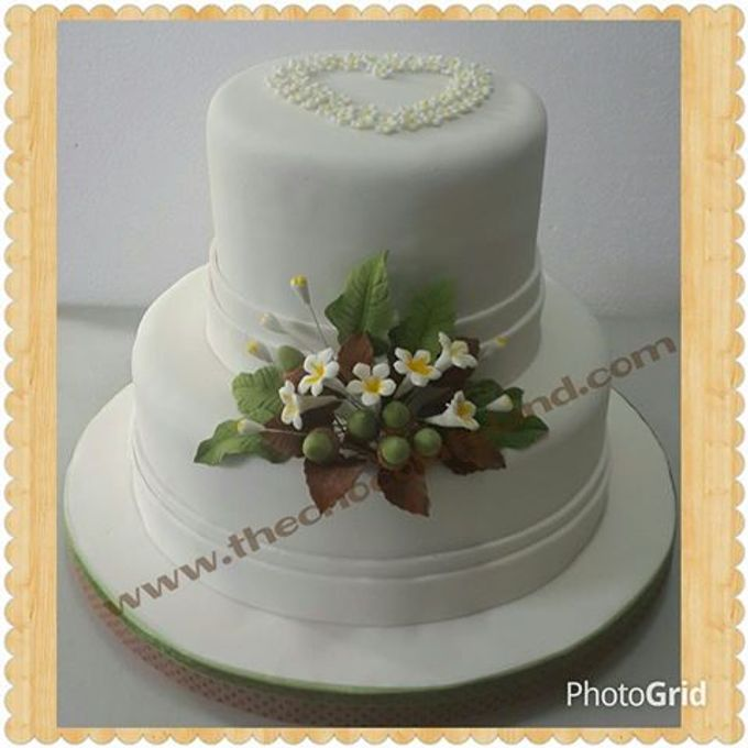 Wedding Cake by The Chocolate Land - 005