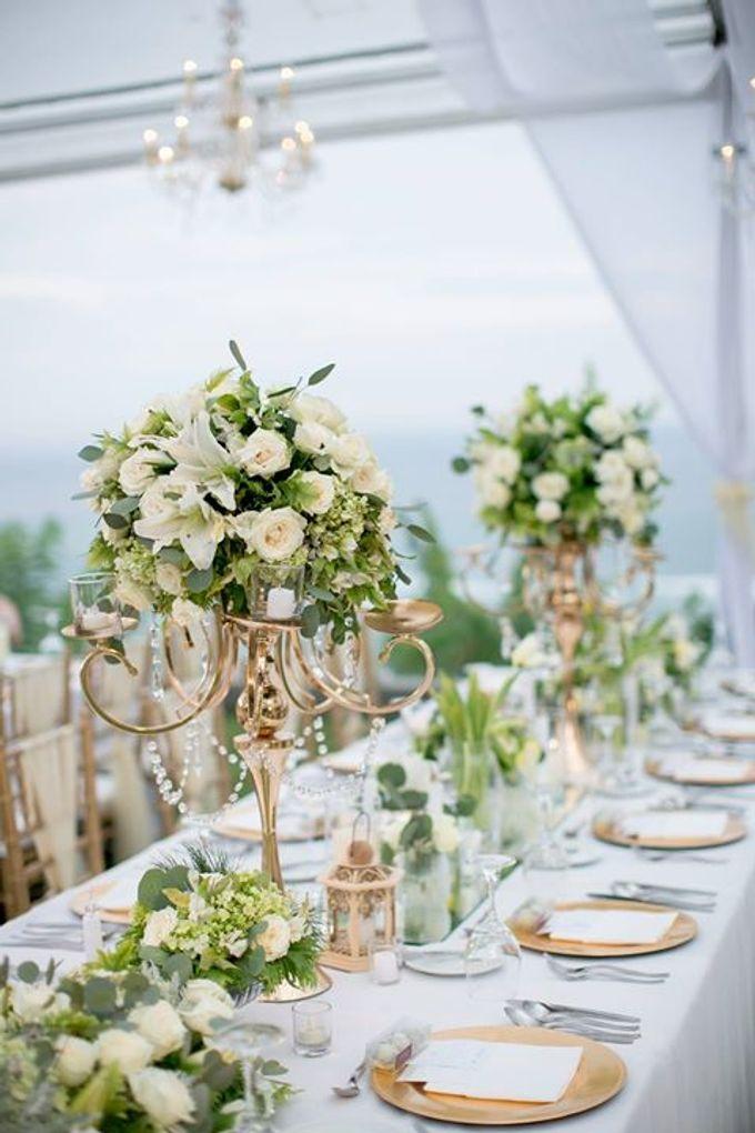 White Green and Gold Elegant Wedding at Latitude Villa by Flora Botanica Designs - 031