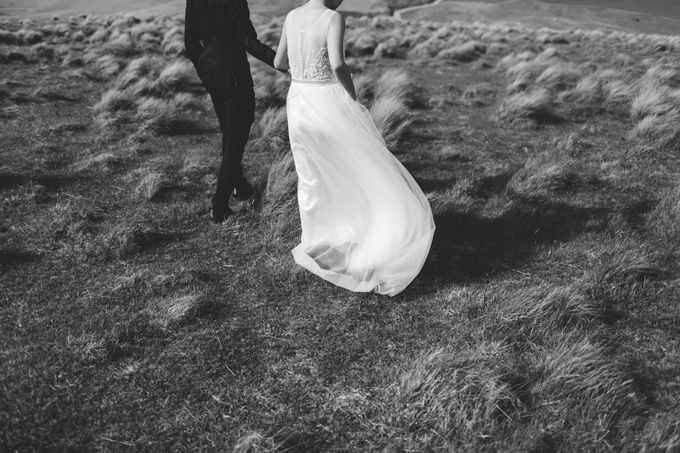 Intimate Wedding at Lake Tekapo by Light Up Weddings - 020
