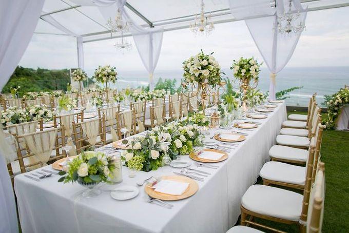 White Green and Gold Elegant Wedding at Latitude Villa by Flora Botanica Designs - 007