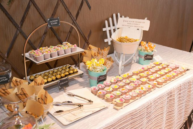 Victor and Verrie's Wedding by The Lair Weddings Candy Bar - 005