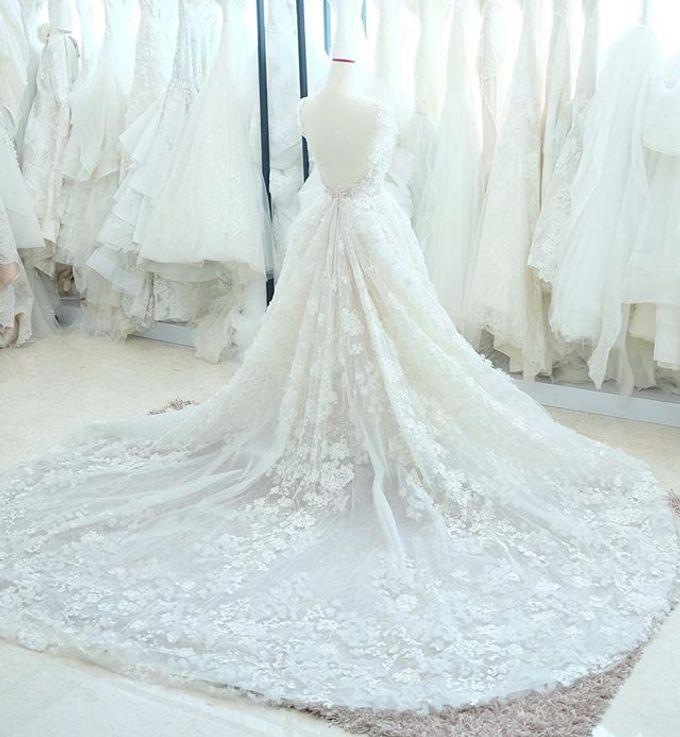NEW ARRIVALS - WEDDING DRESS by LAMIIK BRIDAL - 010