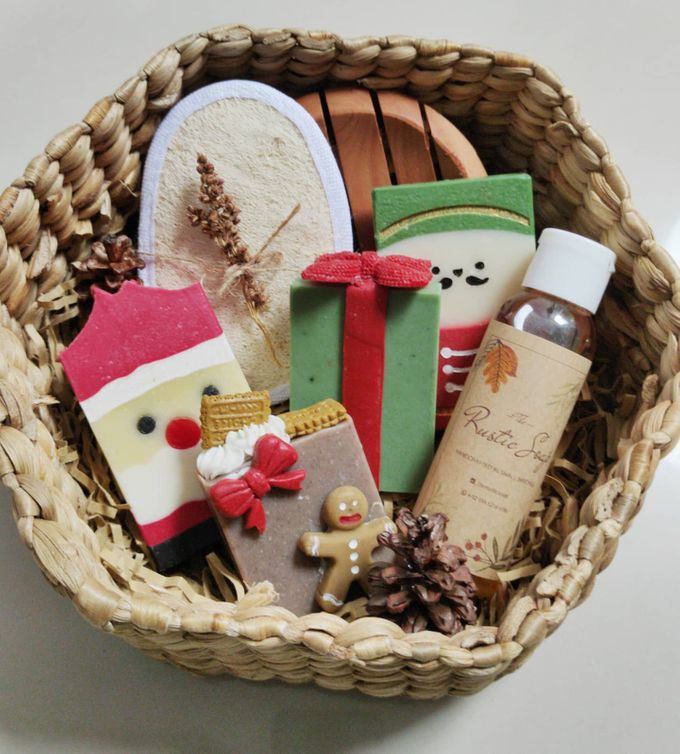 Rustic Bridesmaid Hampers by The Rustic Soap - 003