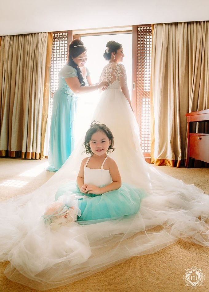 Tiffany Blue and Lace in Manila Hotel by Ruffa and Mike Photography - 007