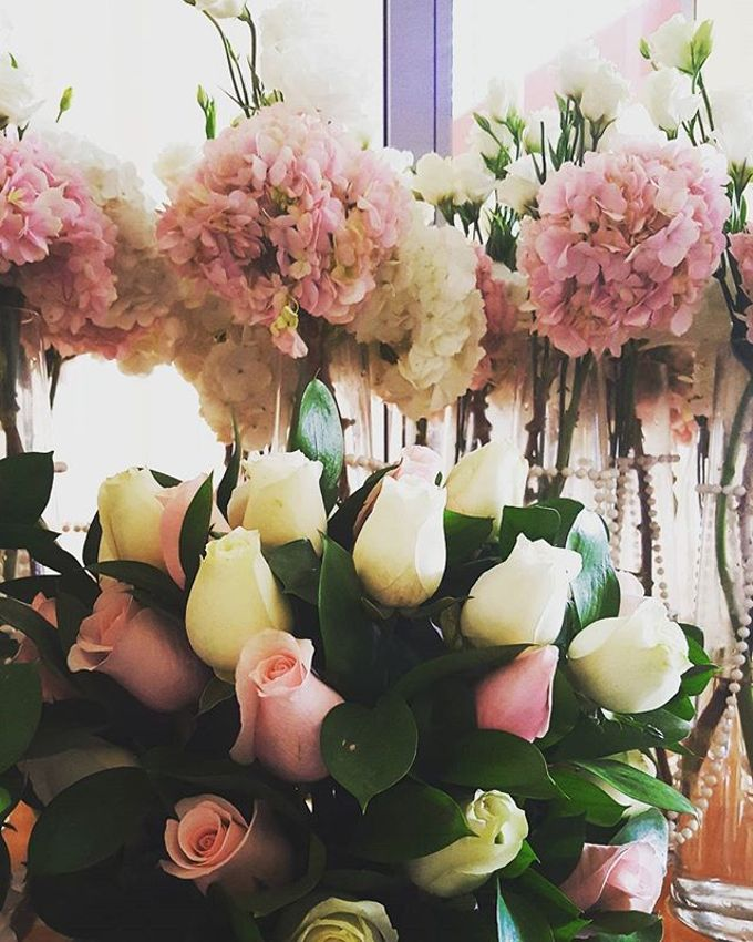 Floral Arrangements by All The small Things - 009