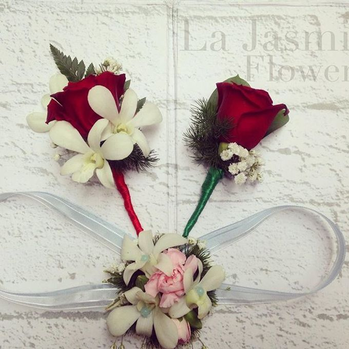 Flower basket  by La Jasmine Floral Design - 022