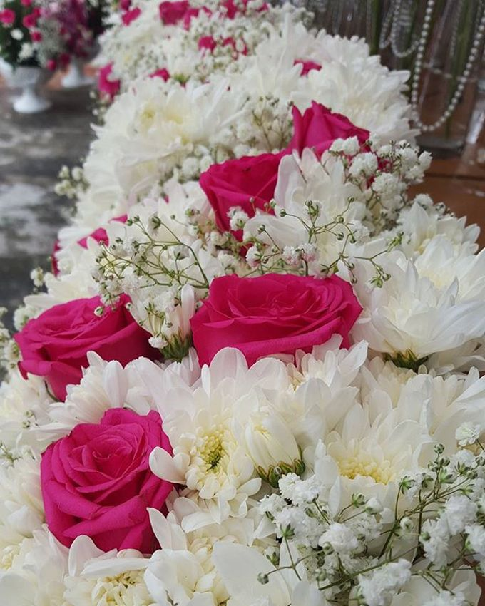 Floral Arrangements by All The small Things - 007