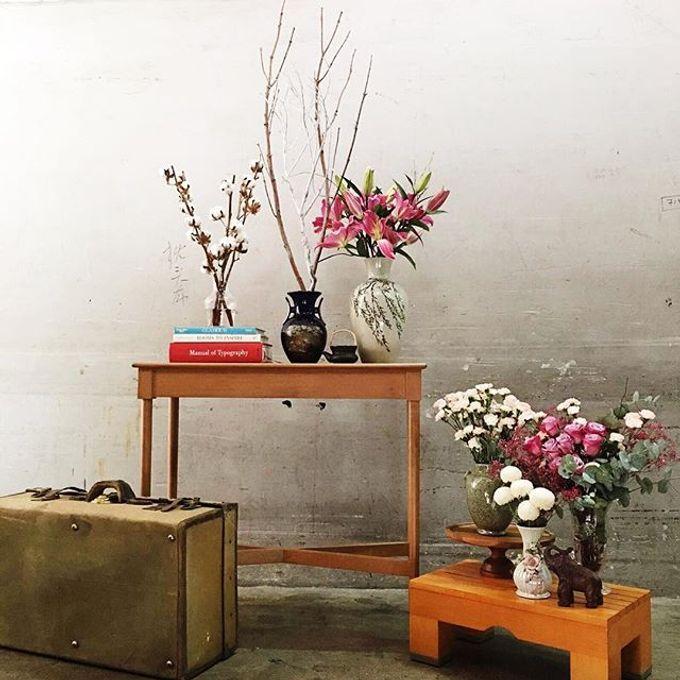 Solemnization / Reception Table / Wedding Venue Decoration by Petite Fleur SG - 008