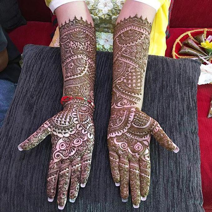 Bridal Henna - Intricate by Nakreze Mehndi - 023