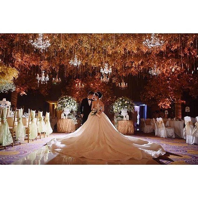 Grand Ballroom Wedding by Shangri-La Hotel, Surabaya - 007