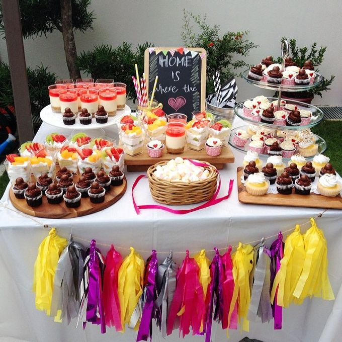 dessert table treats by The Rosette Co - 007