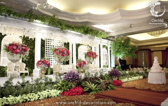 Life began in a garden by Orchid Florist and Decoration - 013