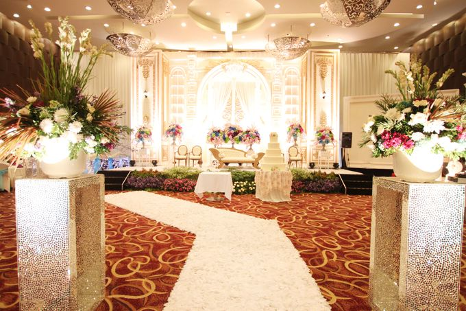 WEDDING DECORATION by ATRIA Hotel Gading Serpong - 007