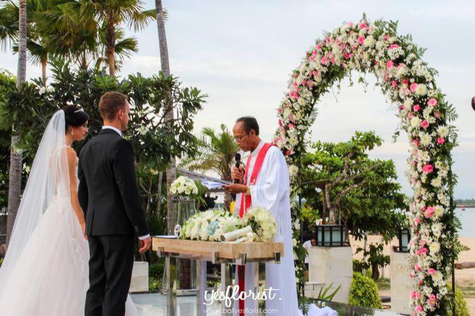 Wedding of Simon & Oleksandra by Bali Yes Florist - 003