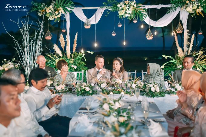 THE WEDDING Of  Mr KARLPEMER & Ms Susiani Retno by APLUS DECORATION & WEDDING PLANNER - 008