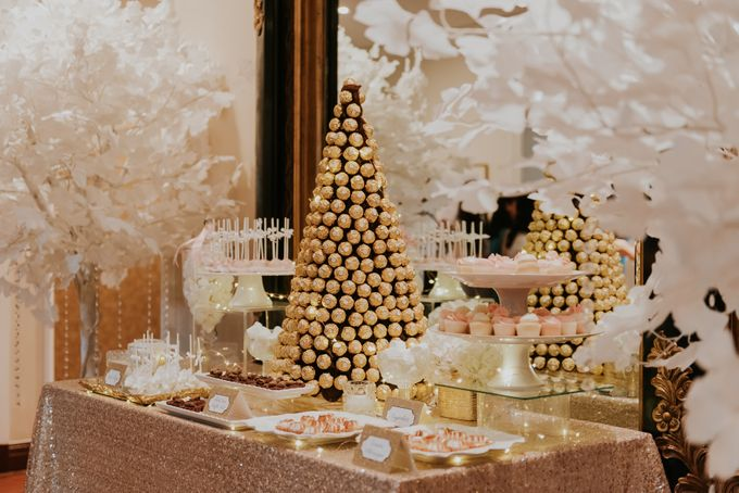 A Romantic with Classy Twist Wedding by InterContinental Singapore - 008
