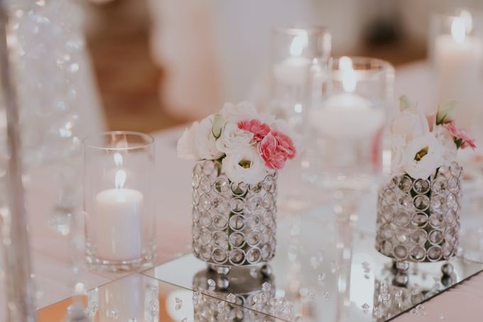 A Romantic with Classy Twist Wedding by InterContinental Singapore - 017
