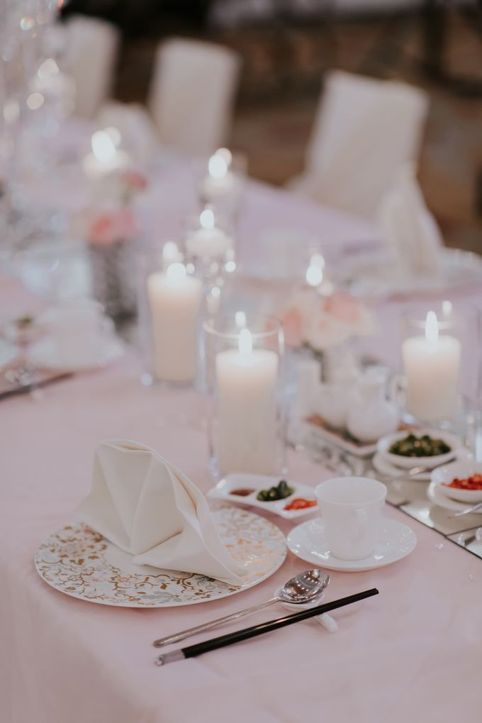 A Romantic with Classy Twist Wedding by InterContinental Singapore - 020
