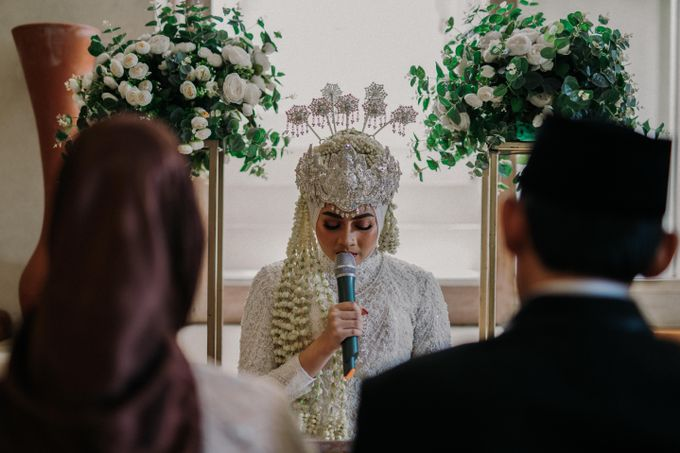 Dheafina & Nur Wedding at Azila Villa by AKSA Creative - 013