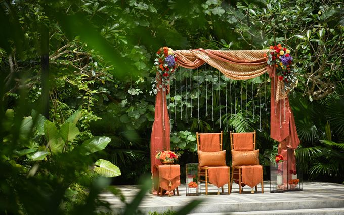 Minangkabau Traditional wedding set up at The Glass House by Tirtha Bali - 013