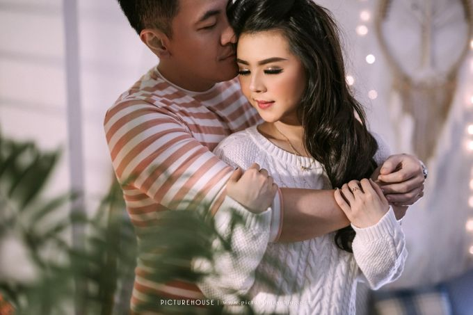 Erwin & Selvina Intimate Session by PICTUREHOUSE PHOTOGRAPHY - 014