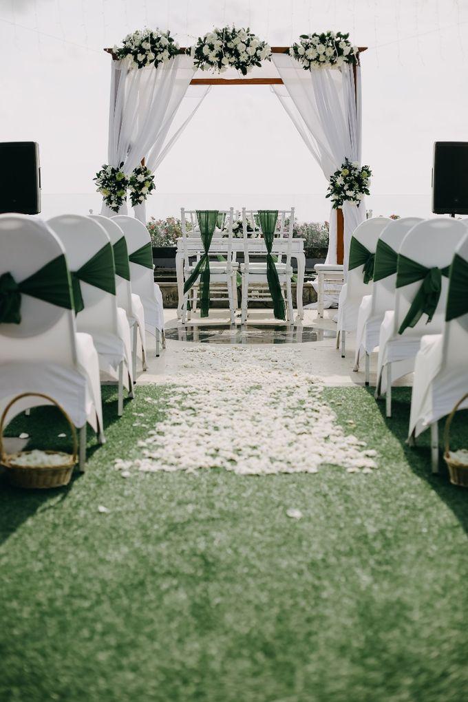 Chad and Lia Wedding by Jimbaran Bay Beach Resort and Spa - 010