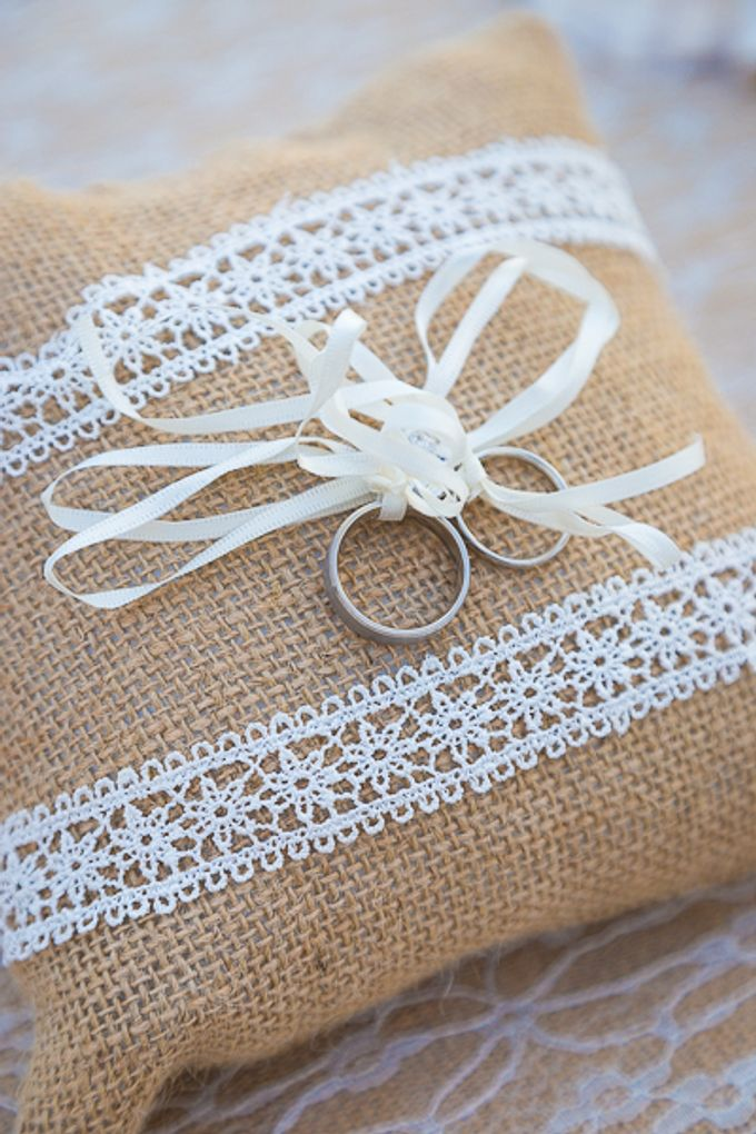 Beach wedding in Santorini by Red Knot Weddings & Events - 013